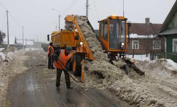 Пружаны справились со снегопадами быстрее, чем Западная Европа