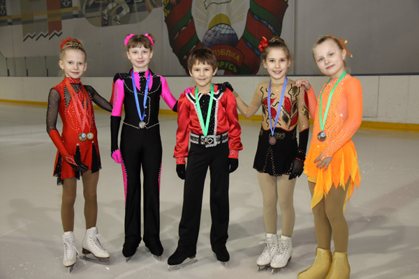 Пружанские фигуристы вернулись с международных соревнований с победами