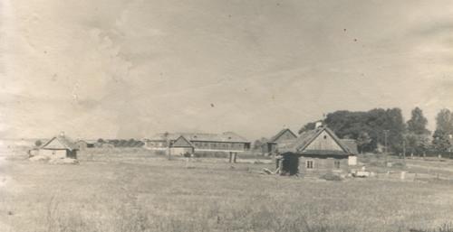 4. 1939-40 г. Від на Слабудку і школу з боку Аранчыц