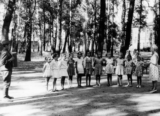 2.муз занятия в детсаду нач. 1960-х