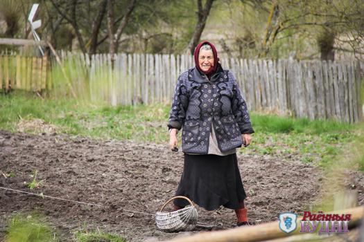Прилутчинские дачницы, или Как деревня оживает к лету