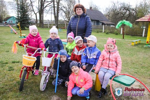 Половина воспитанников детского сада в Городечно — близнецы!