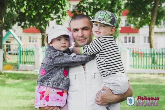 Единственный в районе воспитатель-мужчина работает в детском садике №4