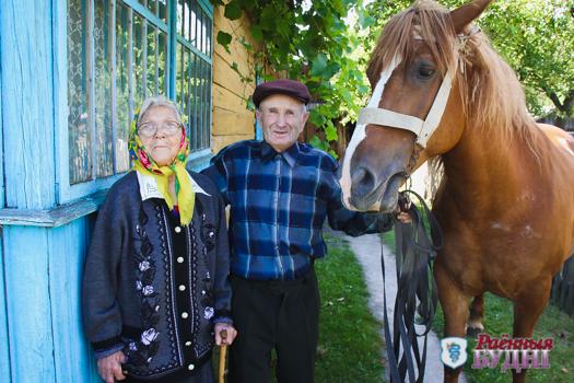 Взаимоуважение, терпение и любовь. Семья Бородовских из Новодворцов отпраздновала железную свадьбу