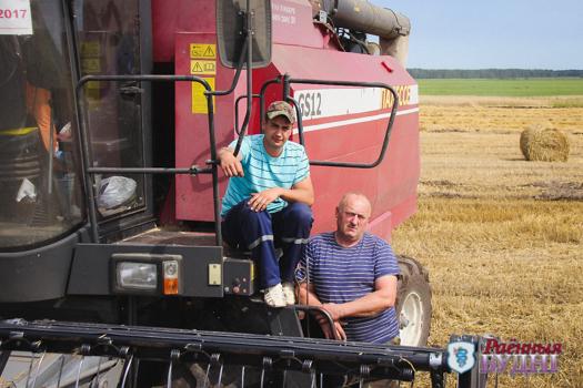 Пружанский район одним из первых намолотил 100 тысяч тонн зерна!