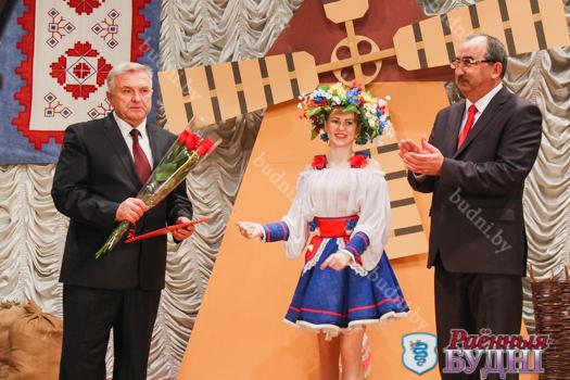 В Клепачах прошло чествование тружеников села