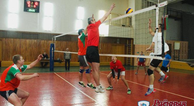 Андрей Муха и Михаил Микус признаны лучшими игроками турнира по волейболу «Беловежская пуща»