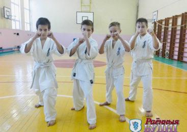 Каратэ в Ружанах. Юные спортсмены успешно сдали первый экзамен