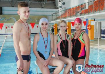 Пружанские пловцы успешно выступают на соревнованиях «Старты надежд»