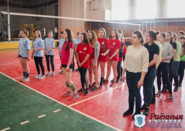 Волейболистки из СШ №4  и волейболисты из Ружанской СШ победили в районных соревнованиях среди школ первой группы