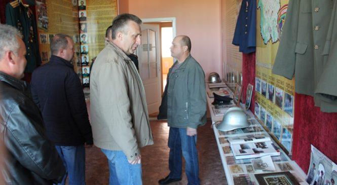 Ветеранов РОЧС наградили медалями «100 лет советской пожарной охране»