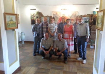 В ружанском музее открылась выставка работ именитых республиканских художников