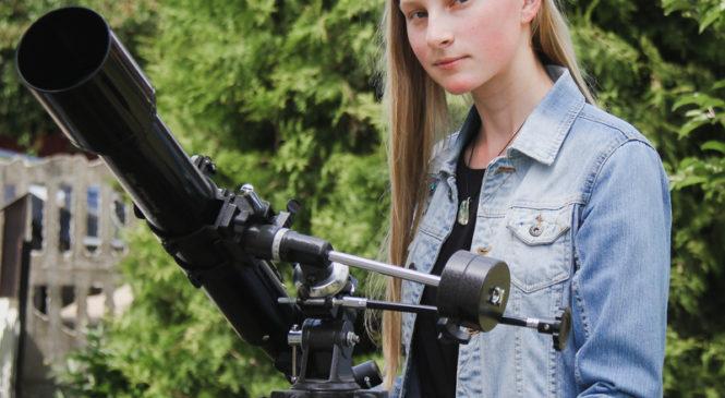 Юный астроном Дарья Меркулова в гороскопы не верит и планирует связать жизнь с космологией