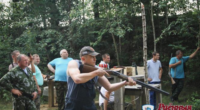 В районных соревнованиях среди охотников победил опыт Виктора Рачко. Лучшим охотничьим коллективом признан Пружанский