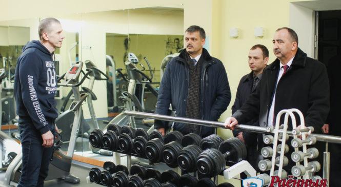 Министр спорта и туризма Сергей Ковальчук: «Отличные условия для занятий спортом»