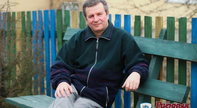 Знакомьтесь: певец, фрезеровщик, делегат XXVI съезда комсомола БССР и просто хороший человек Виктор Валюшко