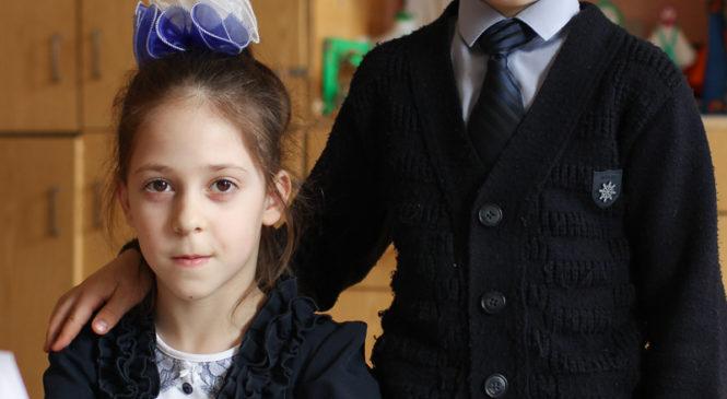 Двойняшки из Ровбицка мечтают сделать мир лучше. У них уже получается!