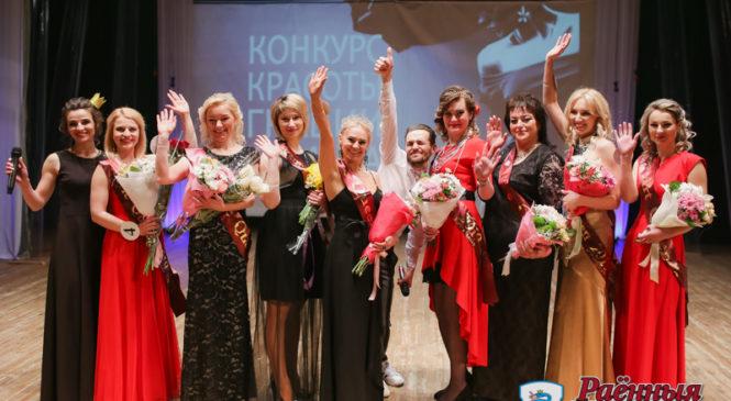 Восемь королев получили титулы на первом в Пружанах «Queens-шоу»