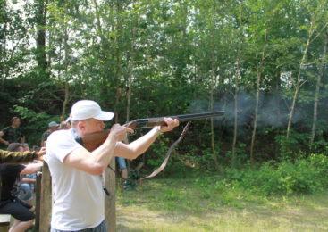 Хорошего стрелка видно издалека: Пружанские охотники соревновались в меткости