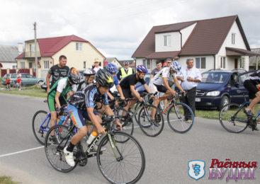 35 юных велогонщиков приняли участие в открытом первенстве Пружанского района