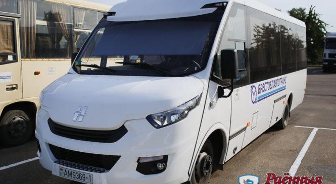 Экскурсии, свадьбы и корпоративы. Автопарк предоставляет автобус на выгодных условиях