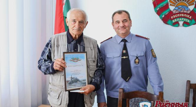 Подполковник в отставке Александр Голубев рассказал, как с помощью лопаты помог задержать преступника с топором