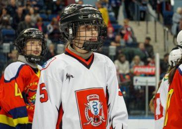 Пружанская хоккеистка выступила на льду «Минск-арены»