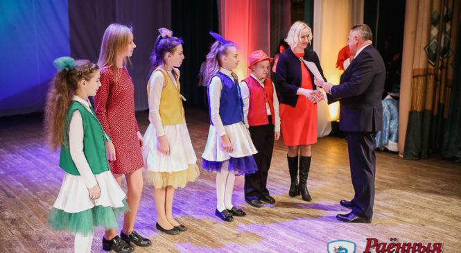 116 школьников и 24 коллектива были отмечены на восьмой церемонии награждения «Дарование»