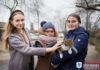 Школьники из Шерешево помогли кобринскому приюту для животных