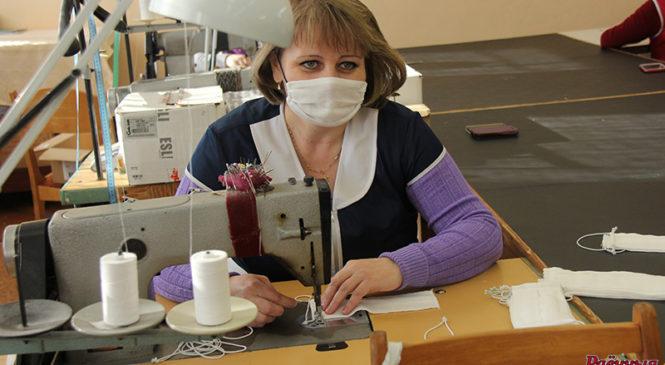 Швейный цех райпо  приступил к пошиву масок