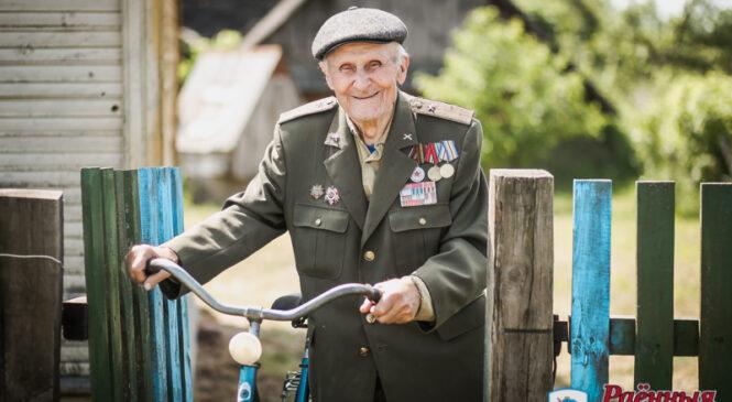 Про тяжелые версты войны вспоминает ветеран Сергей Васильевич Давидюк