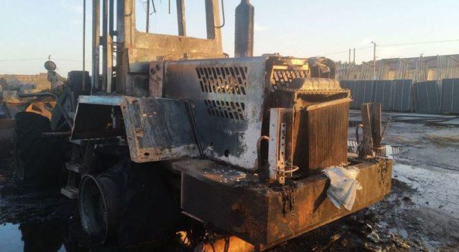 На пожаре в Лежайке уничтожена спецтехника