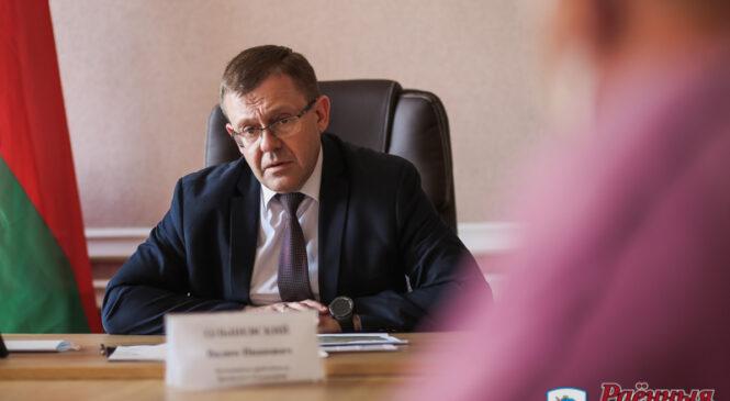 В Пружанах провёл прием заместитель председателя облисполкома Вадим Ольшевский