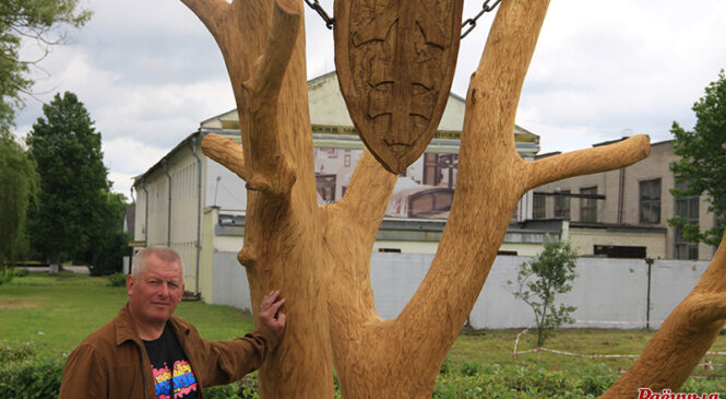 У «Ружанскім палацавым комплексе роду Сапегаў» пачала працу  выстава «Ружанскія выцінанкі»
