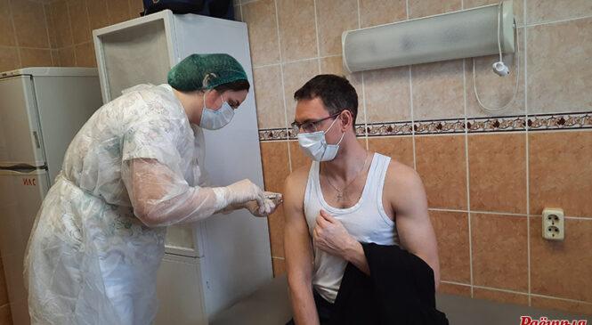 На Пружаншчыне пачаўся другі этап вакцынацыі расійскай вакцынай супраць каранавіруса «Спадарожнік V»